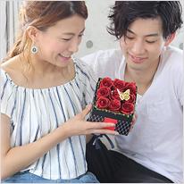 BOXアレンジメント[赤い煌薔薇]